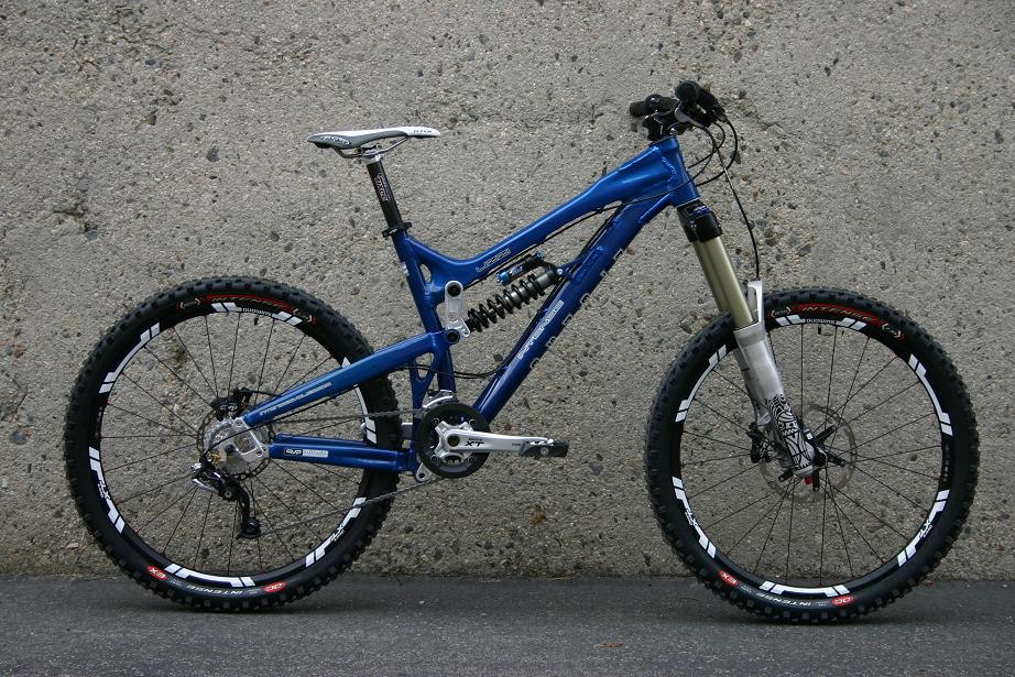 2009 Intense Uzzi Mountain Bike Bike198