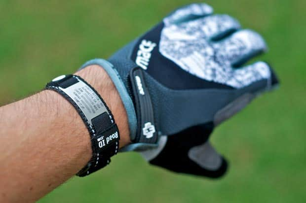 RoadID w/Mace Mountain Bike Glove